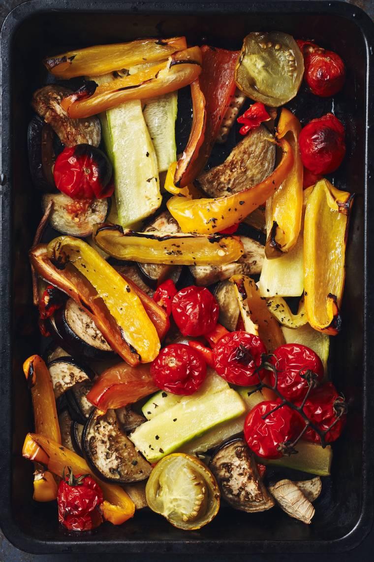 Jesienne warzywa pieczone z fetą